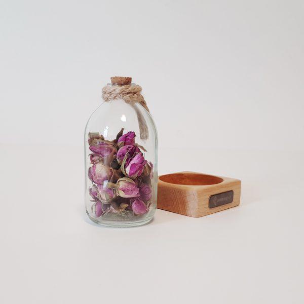 گیفت رومیزی همراه با رایحه گل سرخ 4